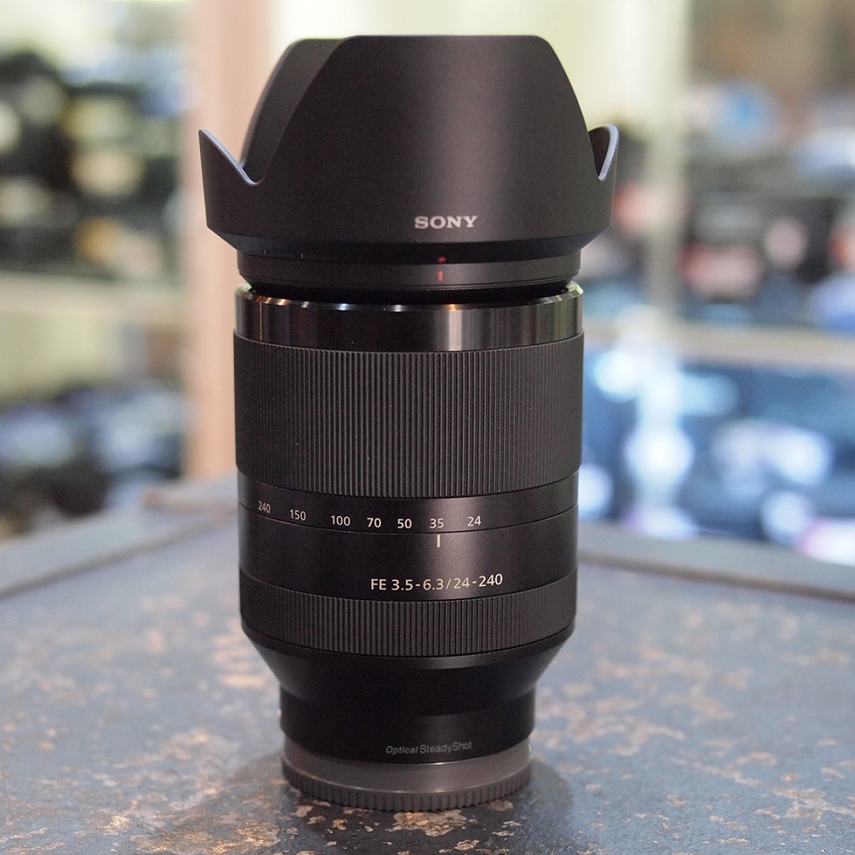 SONY FE 24-240mm f3.5 OSS - GOOD CONDITION | 6327