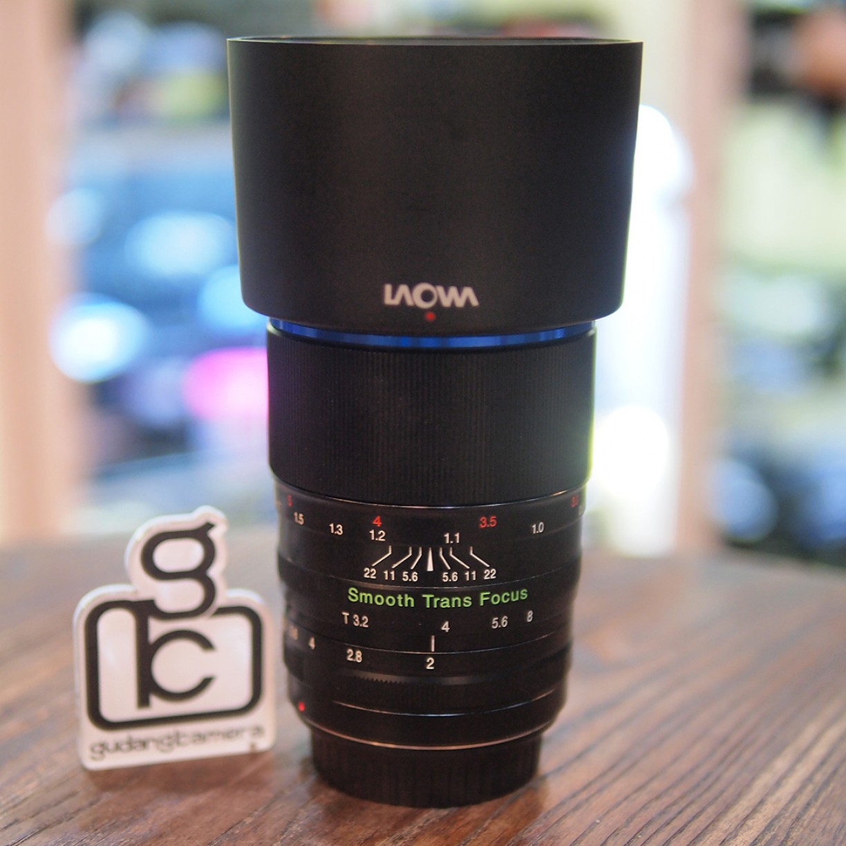 LAOWA 105mm F/2 FOR CANON - GOOD CONDITION - 0344