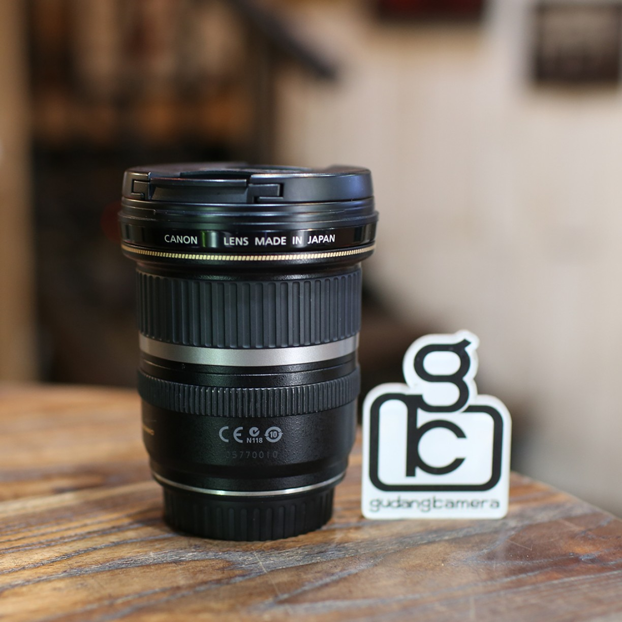 CANON EFS 10-22mm F3.5-4.5 - GOOD CONDITION - 0010
